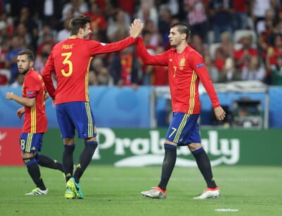 football_spain_morata_pique.